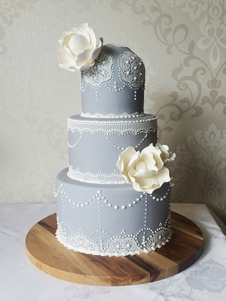 Ballara Wedding Cake Tips - Blue grey scheme 3 tiered wedding cake