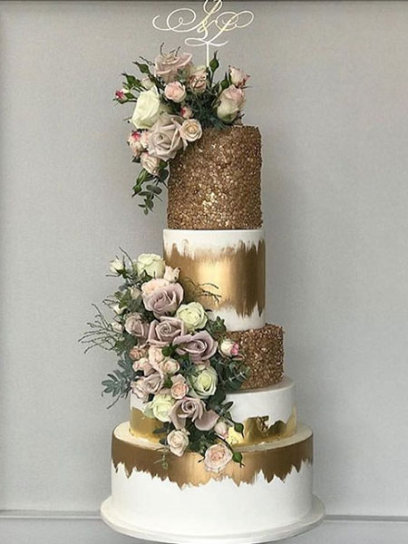 Ballara Wedding Cake Tips - Gold 5 teir wedding cake