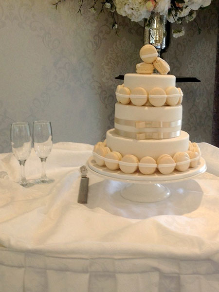 Ballara Wedding Cake Tips - Macaron Wedding Cake