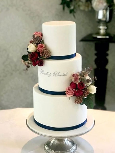 Ballara Wedding Cake Tips - Seasonal Winter Wedding Cakes