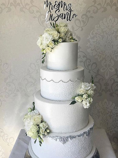 Ballara Wedding Cake Tips - White 4 teir wedding cakes