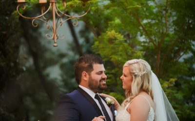 Real Wedding – Sarah & Jonathan Planned the Perfect Outdoor Ceremony